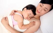 Hướng dẫn điều trị tại nhà cho bé mắc các bệnh viêm đường hô hấp