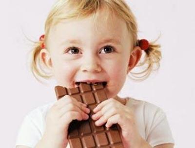 bao-khi-nhi-chocolate-khong-tot-cho-tre-tao-bon